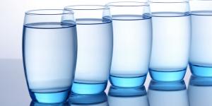 Quanto de água mineral beber por dia?