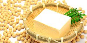 Tofu e soja evitam menopausa precoce
